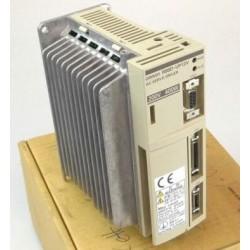 Servo Controlador Omron R88D-UP12V