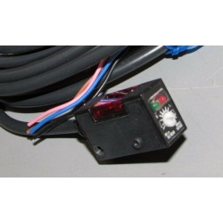 Sensor fotoelétrico Omron E3S-BD81